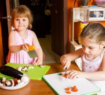 Готовим с детьми. Часть 2. Опасные предметы