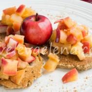 Ржаные оладьи с яблоками