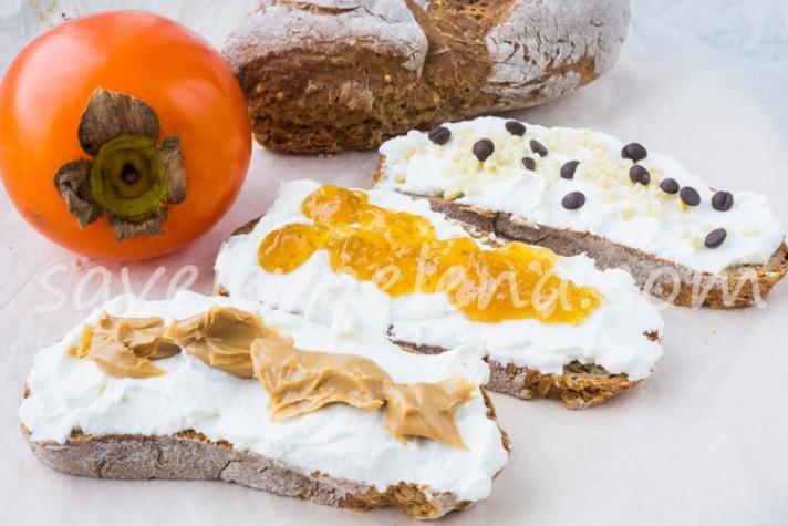 Ода рикотте, цельнозерновому хлебу и инжирному джему