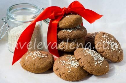 Шоколадно-ореховое печенье с кокосовой мукой