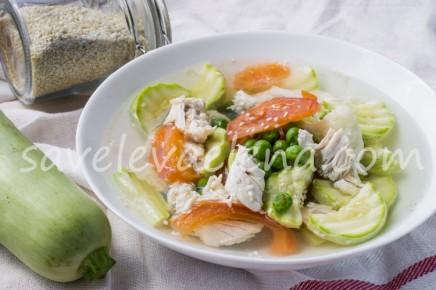Суп с куриной грудкой и зеленым горошком