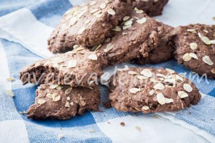 Шоколадное печенье с кокосовым молоком и миндальной мукой