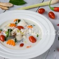 Тайский суп Tom Kha с курицей
