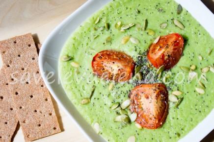 Суп-пюре из запеченного кабачка и зеленого горошка