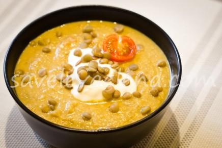 Чечевичный суп-пюре с йогуртом